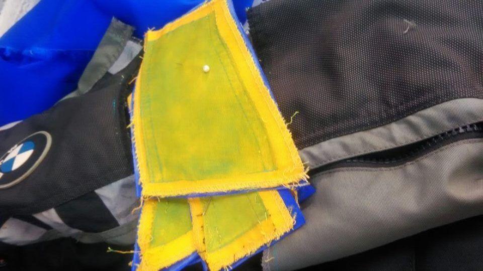restaurando-jaqueta-de-cordura-5212454