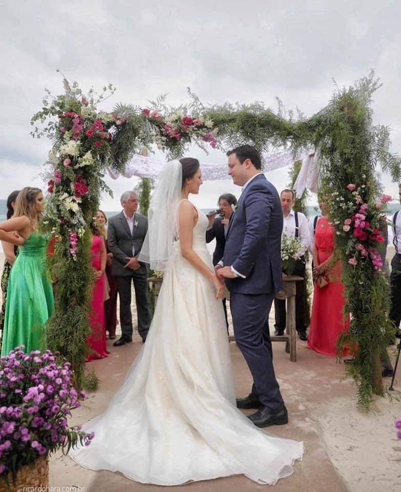 1noiva-camila-e-seu-vestido-de-noiva-ajustado-na-ellegancy-costuras-wwww-elcosturas-com_-br_-7439583