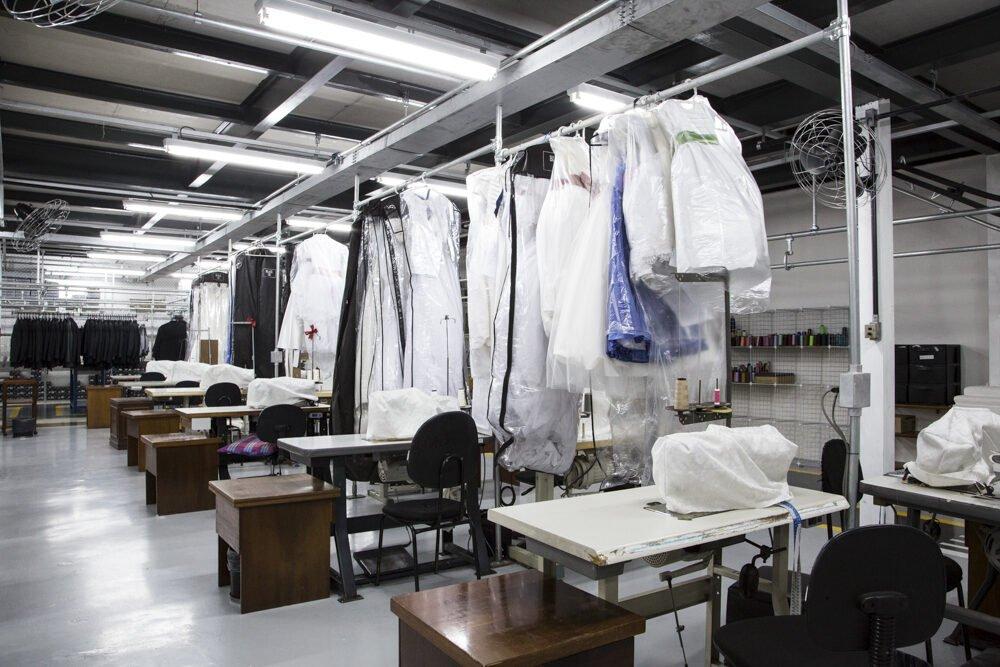 lavanderia-para-lavar-vestidos-de-noivas-vestidos-de-festa-etc-ellegancy-costuras-www-elcosturas-com_-br_-3513180