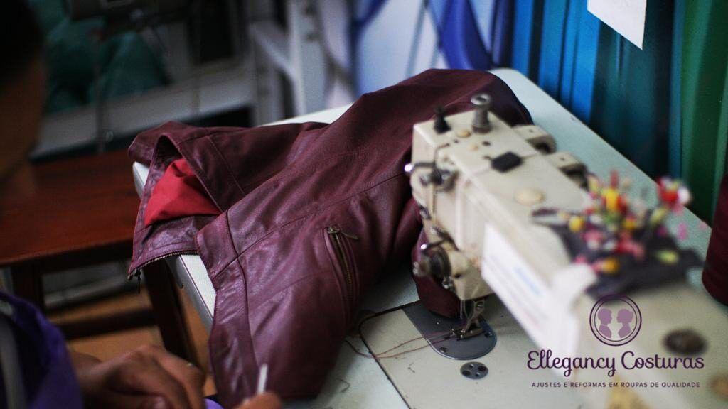 ajustando-jaqueta-de-couro-ellegancy-costuras-www-elcosturas-com_-b1-4402039