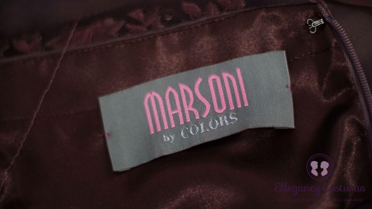 ajuste-em-roupa-de-qualidade-marsoni-8873280