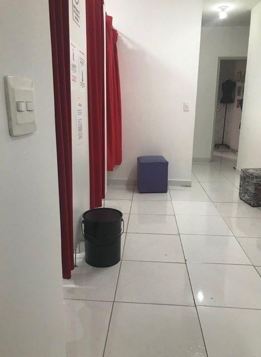 corredor-com-paredes-tiradas-atelier-de-costuras-ellegancy-3330243