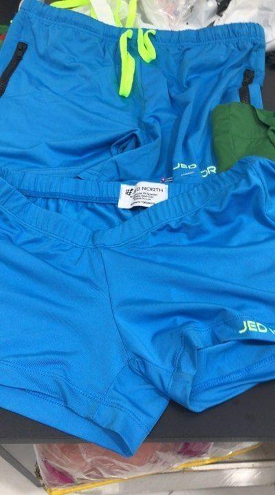 shorts-para-customizar-shorts-de-cima-original-e-shorts-de-baixo-sendo-customizado-5021215
