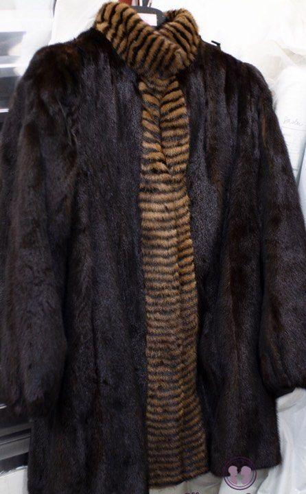 ajustes-em-roupas-de-couro-casaco-de-pele-marrom-2022427