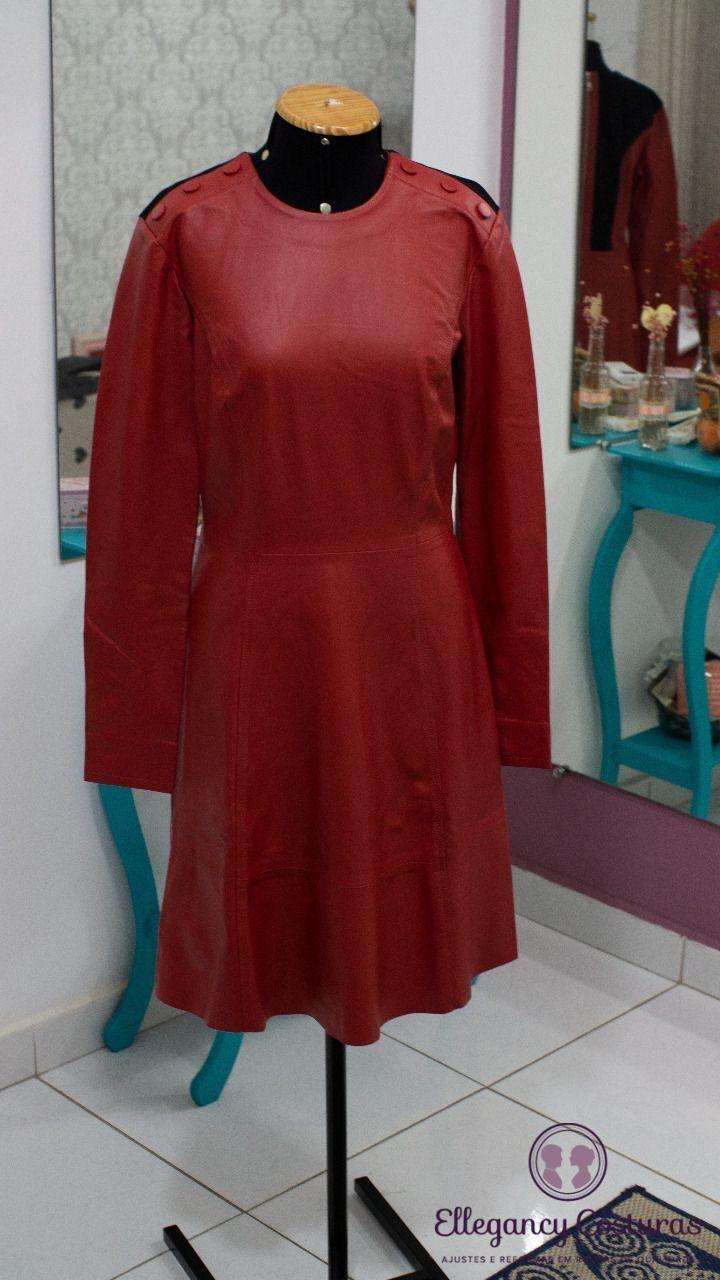 roupas-femininas-de-couro-para-ajustes-2421912