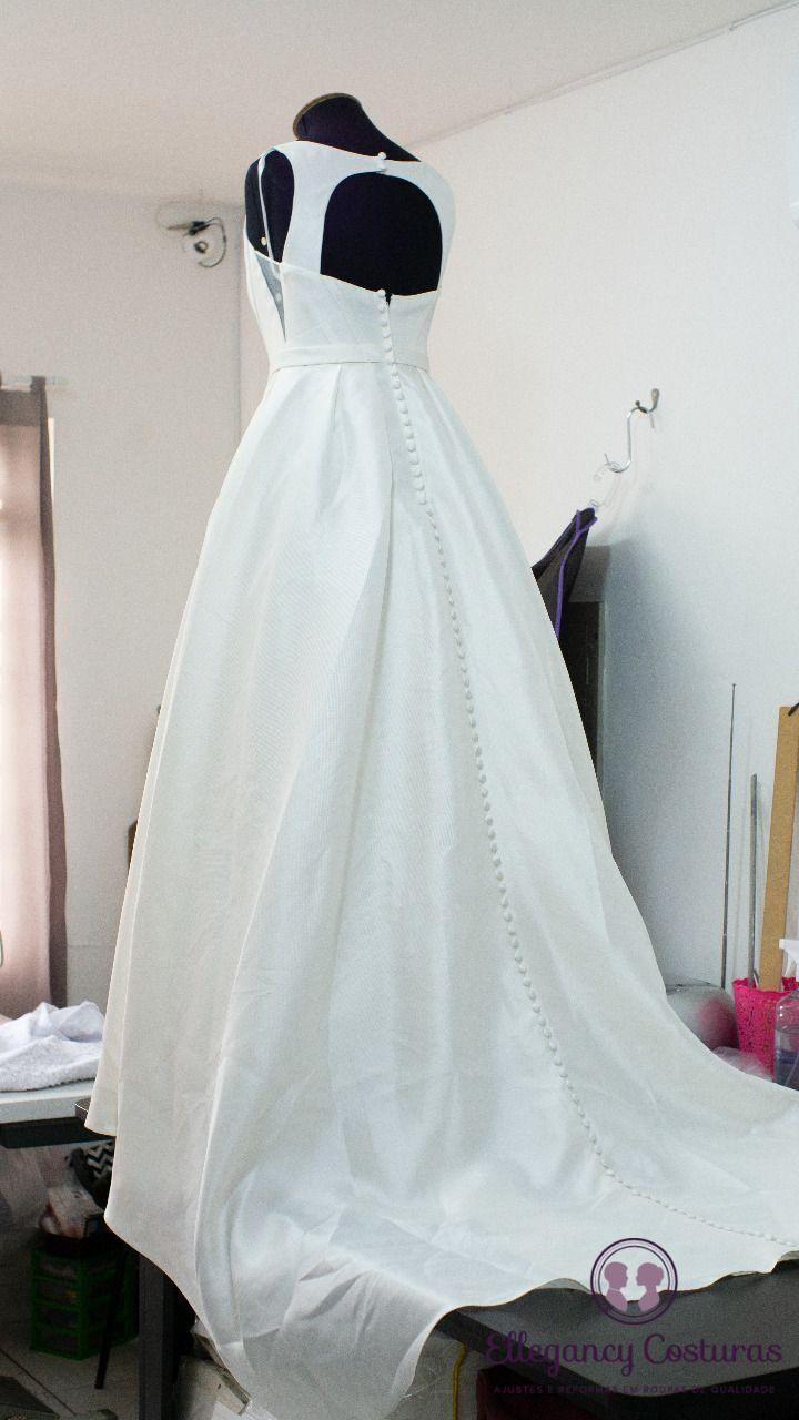 abrindo-fenda-em-vestido-de-noiva-5426749