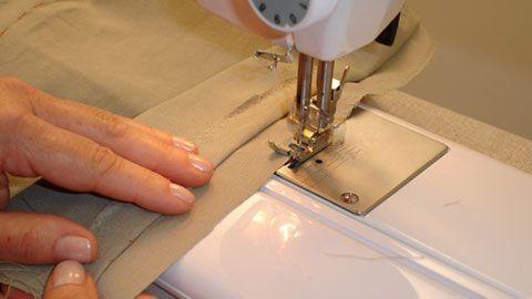 ajustar-roupas-ou-despertar-desejos-9807302