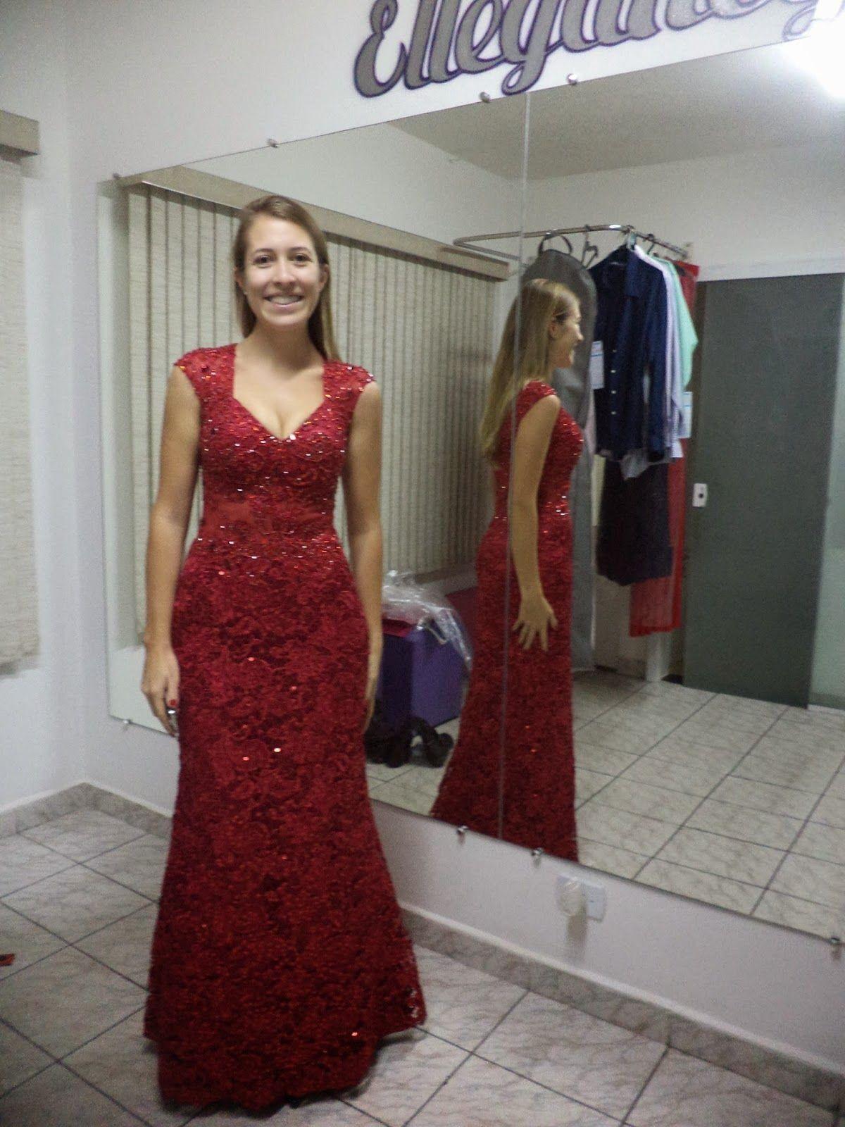 costureira-profissional-para-ajustar-roupa-4-4652827