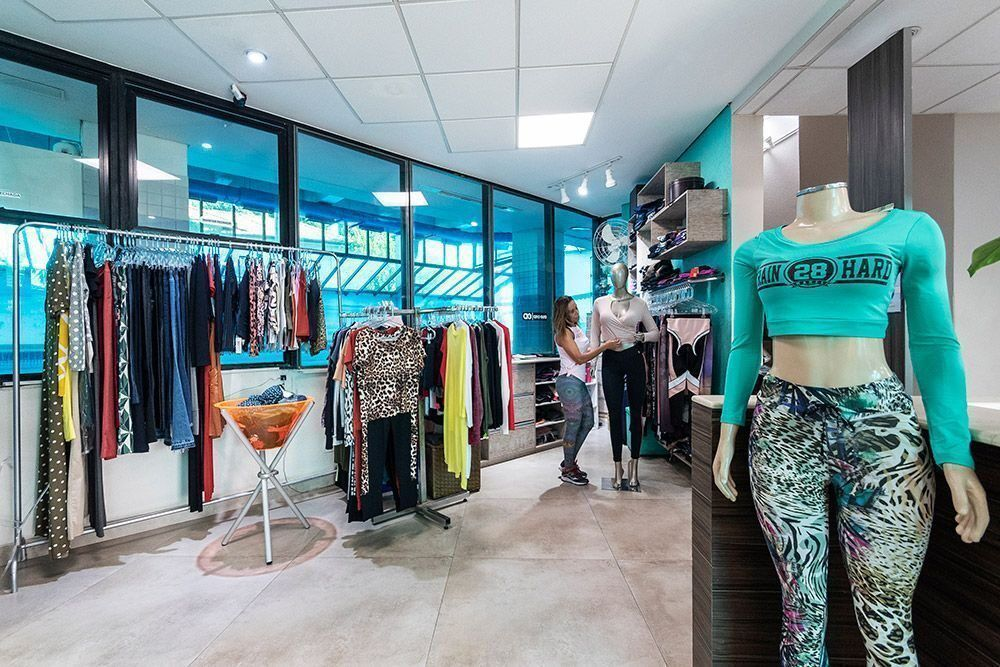 Vale a pena abrir uma loja de roupas para academia?
