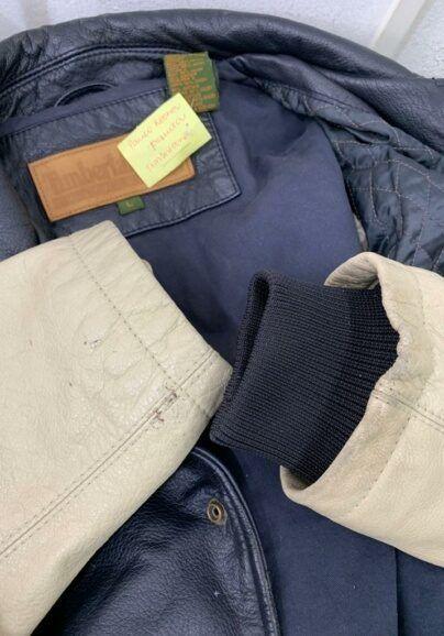 colocar-punho-de-tecido-em-jaqueta-de-couro-404x578-2936006