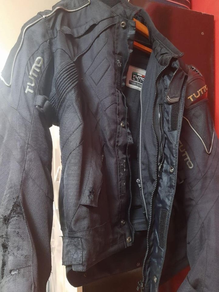 jaqueta-de-cordura-para-restaurar-9092703