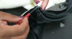 consertar-jaqueta-de-couro-descascando-300x163-3307505