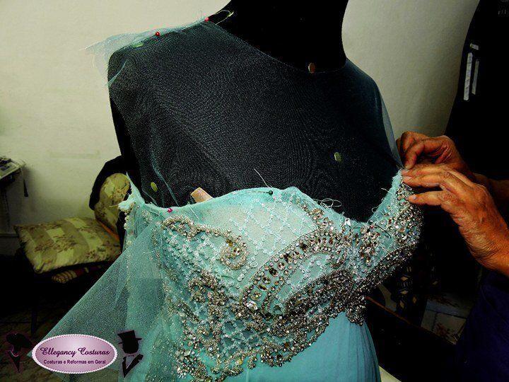vestido-de-festa-colocando-bordado-e-pedraria-ellegancy-costuras-www-elcosturas-com_-br_-7738589