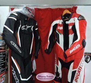 comprar-macacao-de-motociclista-usado-em-sp-300x274-3040160