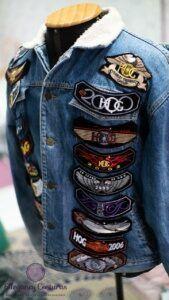 jaqueta-jeans-customizada-com-patches-1-169x300-6750593