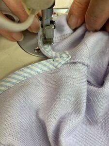 ajustar-barra-de-camisa-polo-225x300-3962051