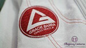 apertar-kimono-gracie-barra-300x169-9736318