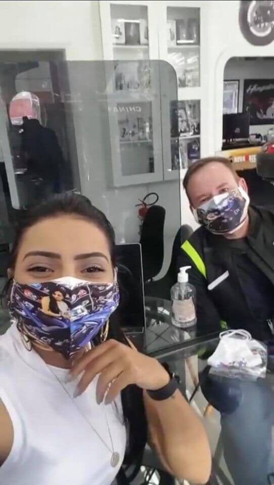 motociclistas-fran-bueno-e-renato-barbosa-clientes-e-amigos-da-ellegancy-costuras-1127932