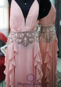 costureira de vestido